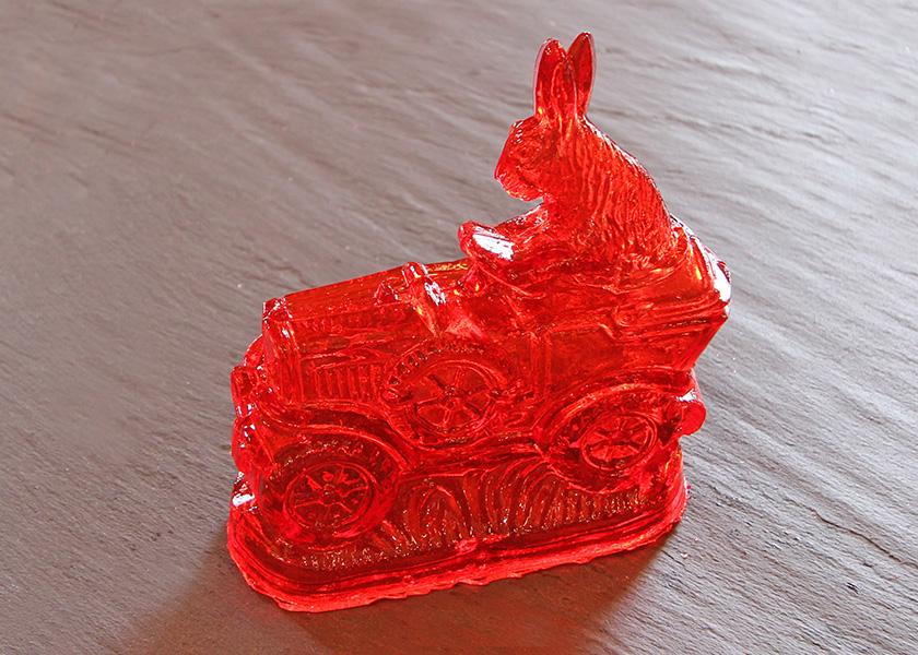 Zuckerhase mit Traktor